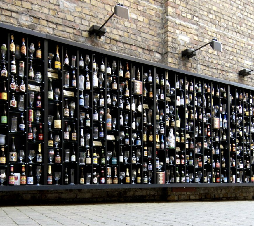 the beer wall, brugges